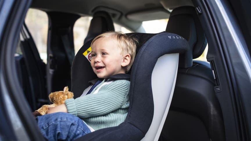 Svenska föräldrar bäst i Norden på barnsäkerhet i bil