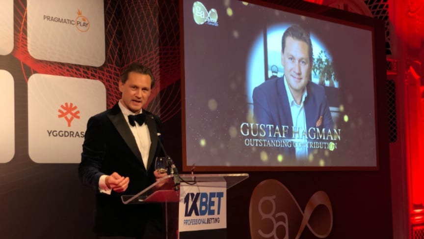 Gustaf Hagman, CEO at LeoVegas received the award Outstanding Contributions for the gaming industry.