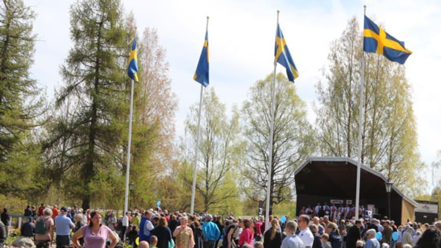 Nationaldags- och midsommarfirandet i Badhusparken ställs in