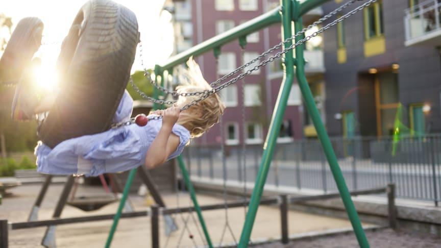 En økende andel av Husbankens økonomiske virkemidler går til barnefamilier. Foto: Husbanken