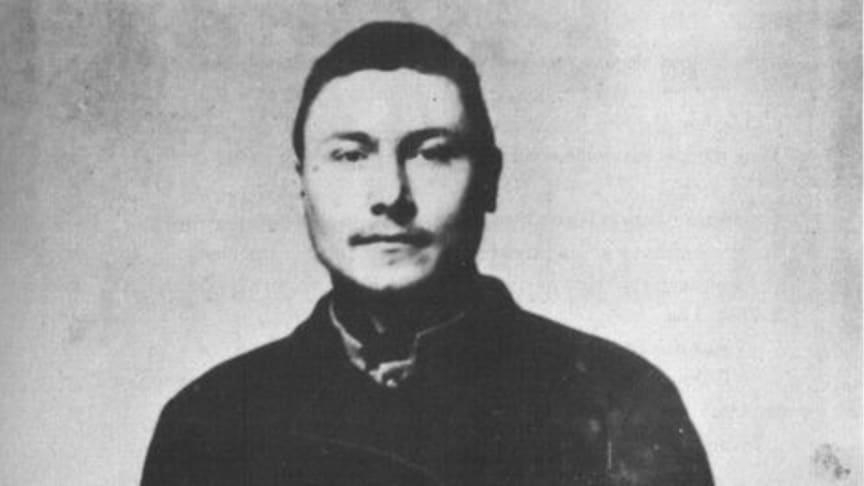 Under Släktforskardagarna på Nolia i Umeå får vi veta mer om Johan Filip Nordlund, som begick massmordet på ångaren Prins Carl.