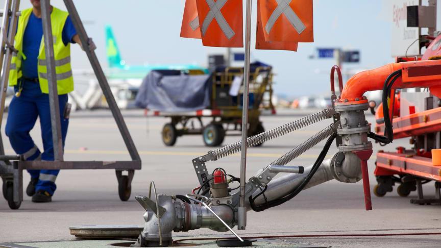 A Cavotec Meyerinck fuelling arm at Frankfurt Airport