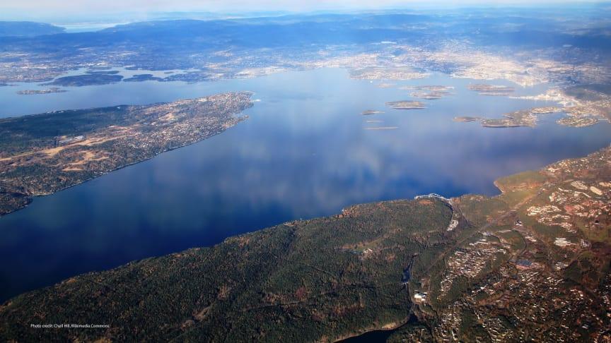 En ny rapport fra NIVA, NINA, SSb og Menon gir en kunnskapsstatus om økonomiske verdier av fjorden og er et bidrag til Helhetlig plan for Oslofjorden. (Foto: Chell Hill, Wikimedia Commons)