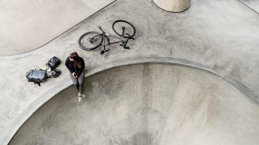 Silva lanserar sin nya 360°-ryggsäcksserie som ger användaren 360 graders synlighet, skydd och flexibilitet.