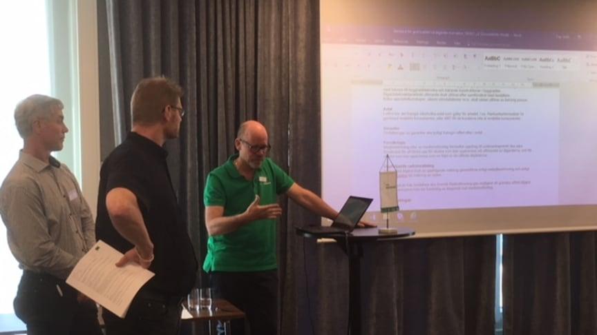 Samordningsansvariga presenterar resultat från expertgruppernas arbete på Radonföreningens erfarenhetsdag.