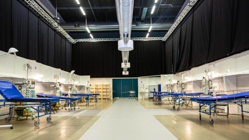 Hall A på Stockholmsmässan är på 26 000 kvm och det är här som det externa sjukhuset nu byggts upp.