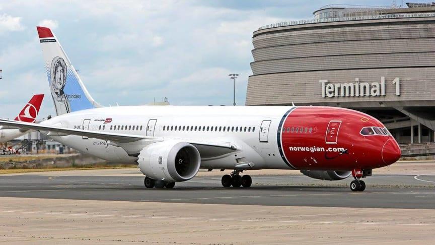 Boeing 787-Dreamliner - aéroport Paris-CDG - Terminal 1