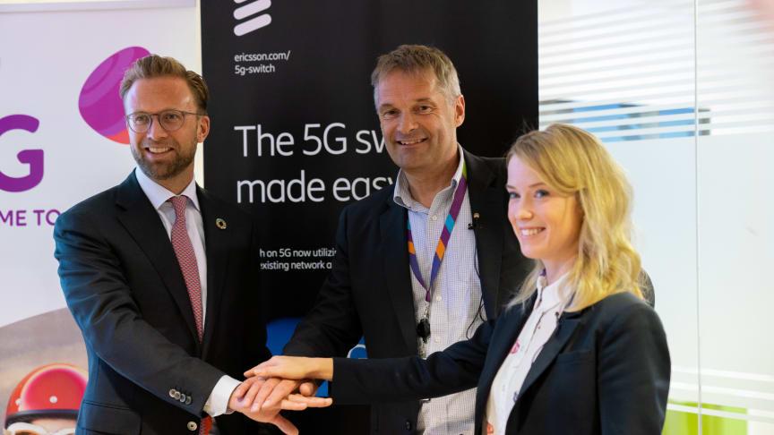 Digitaliseringsminister Nikolai Astrup, adm. dir. i Telia Norge Abraham Foss og Ericssons Jenny Lindqvist, Head of Northern & Central Europe.