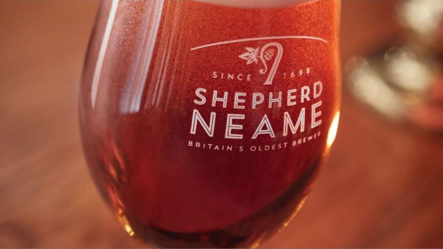 S:t Eriks Bryggeri gör öl med Englands äldsta bryggeri