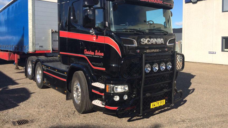 Ny V8'er til vognmand Christian Schou i Hjørring