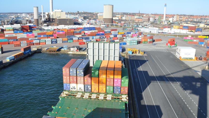 Helsingborg är en av Sveriges främsta logistikstäder. Läs mer om logistikstaden Helsingborg i årsredovisningen för 2019.