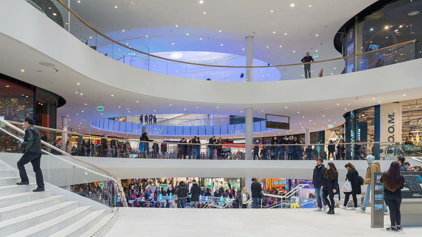 Mall_of_Scandinavia_November_2015_03