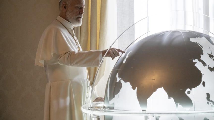 John Malkovich spiller en af hovedrollerne i The New Pope, som får premiere på C More i januar.