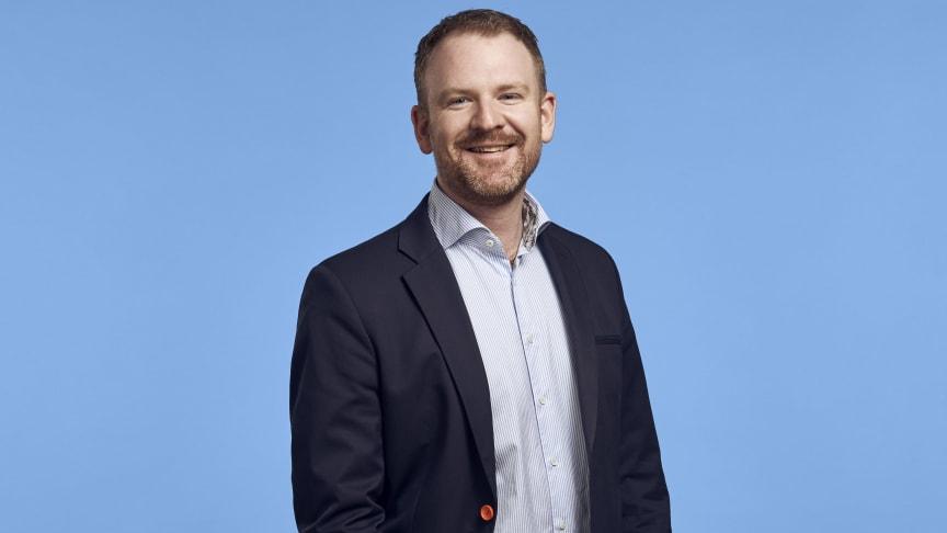 - Med Signit kan kunder och medarbetare enkelt signera avtal via sin mobiltelefon eller dator, berättar Oscar Edentoft.