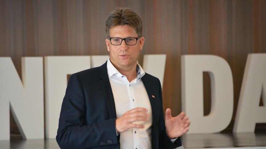 – SSG har hanterat industrins data i över 60 år, så certifieringen känns som en självklar del i vårt arbete, säger Mats Jakobsson, VD på SSG.