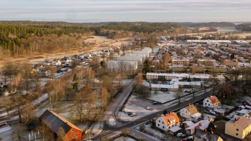 Här en färsk visualisering av den kommande byggnationen vid Brunnsparken.