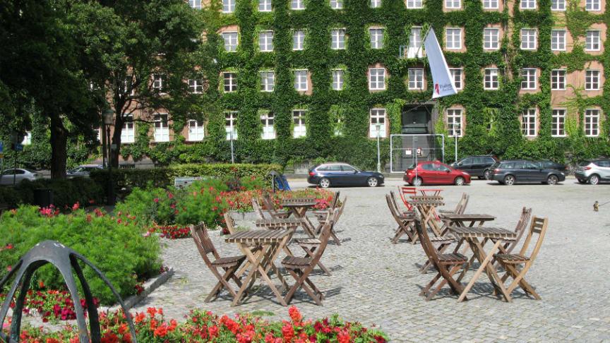 Vid Davidshalls torg, mitt i centrala Malmö, skapar Riksbyggen nya bostäder med bästa läge i det fd polishuset.