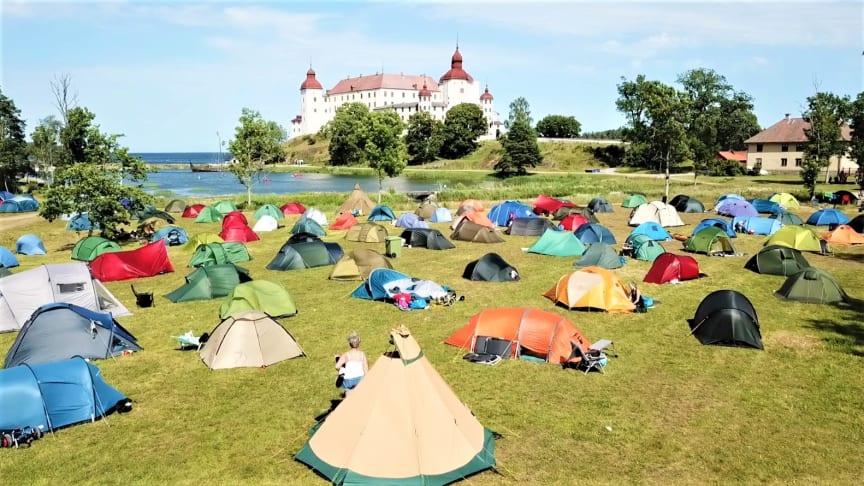 Alla varianter av tält gick att beskåda i helgen utanför Läckö Slott.