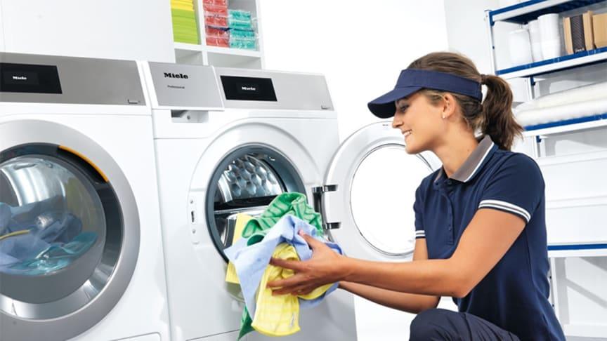 Nya Little Giants - tvättmaskin och torktumlare för restaurang