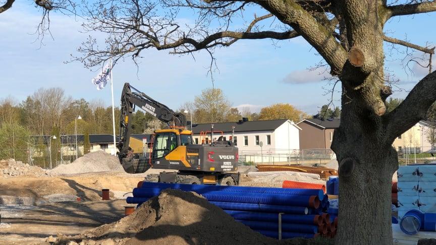 I området Sandtorp, tio minuter från centrala Norrköping, växer Brf Dansbandet 1 fram med 32 lägenheter i flerbostadshus.