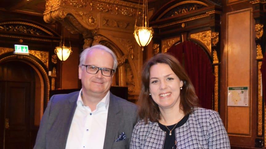 Magnus Ohlsson och Karin Comstedt Webb.