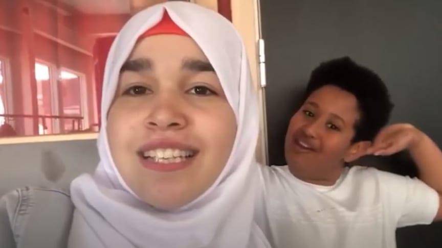 Tala och Amman går på Kronan skolan i Trollhättan och ser fram emot att träffa högskolans studenter.