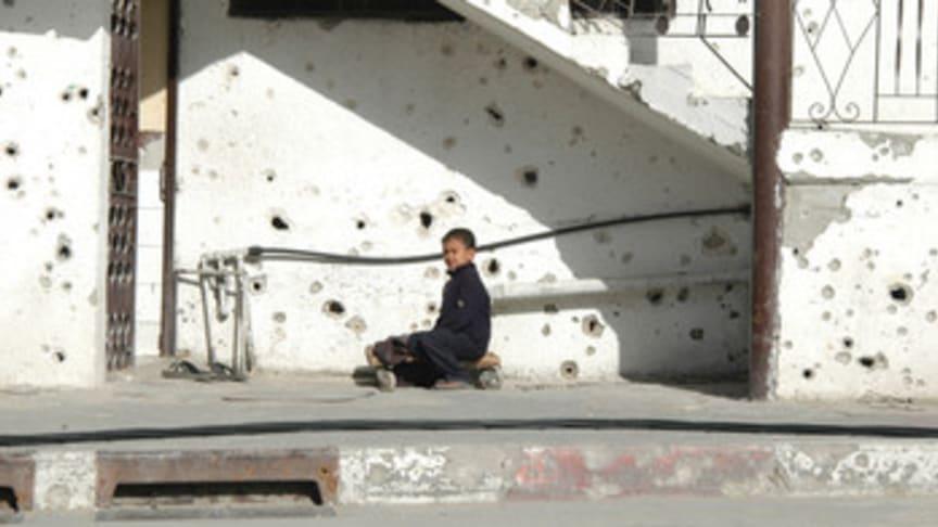Barnen drabbas när våldet eskalerar i Gaza och Israel