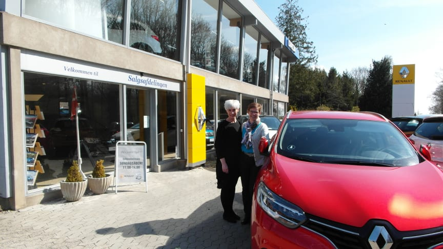 Gitte og Trine er 3. generation i familievirksomheden Bilcenter Syd, der i år kan fejre 60 års jubilæum og smykke sig med titlen som Danmarks ældste Renault forhandler.