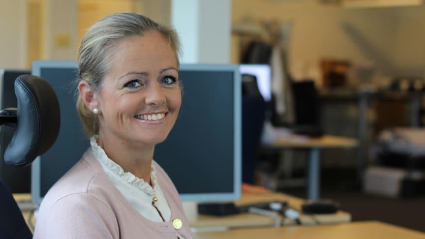 - Det är mycket enklare och säkrare för arbetsgivaren att göra ett arbetsgivarintyg digitalt än att mata in alla uppgifter manuellt, berättar Jessica Hendén på Hogia.