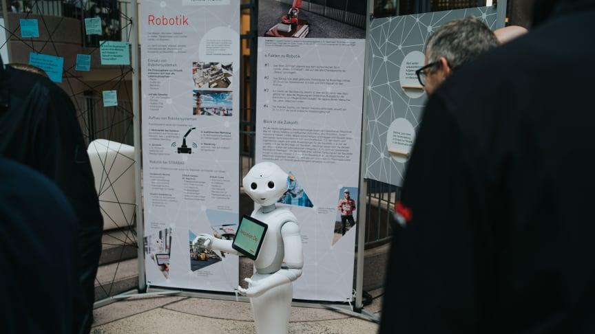 Der humanoide Roboter BAGSTAR: Beim STRABAG Innovation Day auf dem ZÜBLIN-Campus in Stuttgart zeigen Konzerneinheiten der STRABAG-Gruppe die neuesten Trends für das Bauen von morgen.  copyright: Magnus Müller / STRABAG