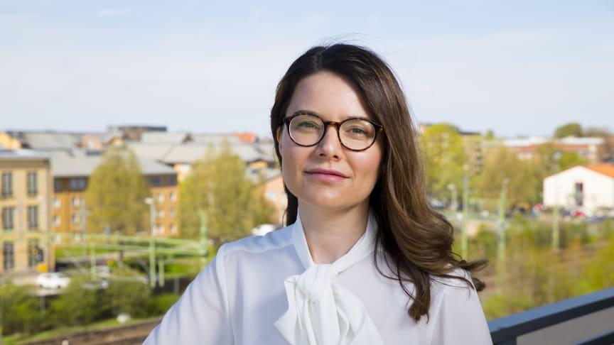 Hanife Rexhepi, lektor i informationsteknologi, tilldelas i år Skaraborgs Akademis pris till en avhandling skriven av en doktorand vid Högskolan i Skövde.