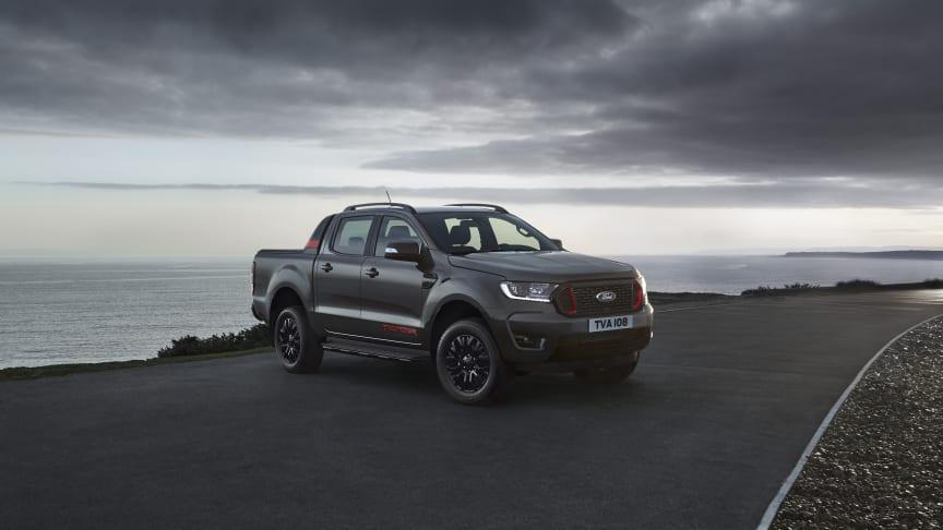 Uusi Ford Ranger Thunder tuo Euroopan suosituimpaan pick-up -malliin dramaattista tyyliä ja huikean varustetason
