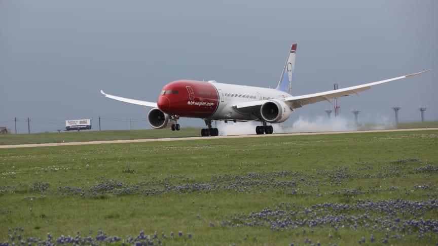 Atterissage d'un Boeing 787-Dreamliner Norwegian à Austin, Texas
