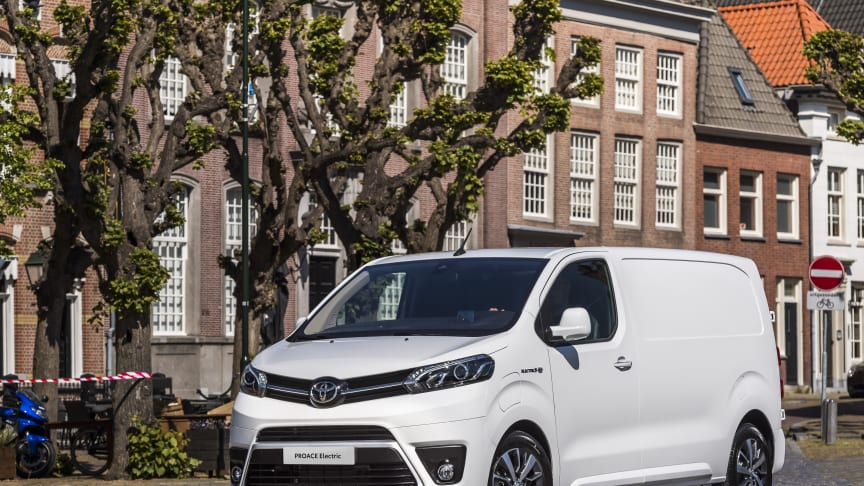 Toyota PROACE Electric 10