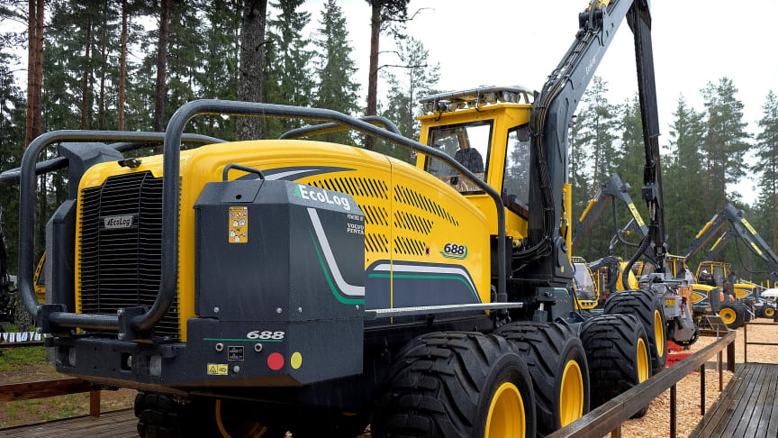 Now that the eight-wheeled Ecolog 688E harvester has made its world debut at Elmia Wood the E series is complete. Photo: Elmia AB