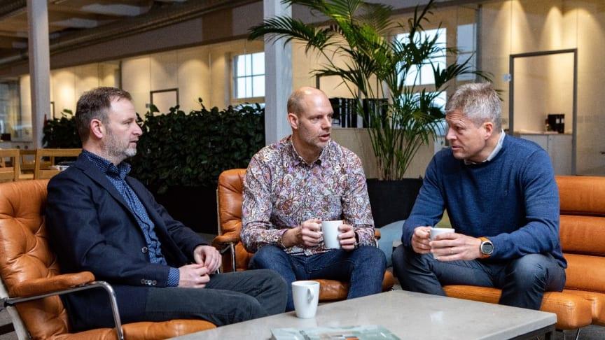 VD:ar i samspråk mot gemensamma mål; Fredrik Ståhl, Hökerum Bygg, Joakim Österlund, Stiba och Fredrik Gustafson, UBAB.