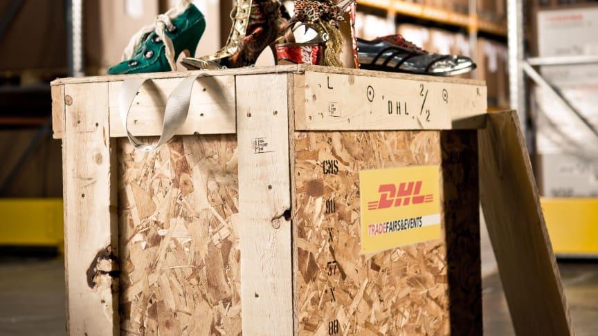 DHL er officiel logistikpartner for Vivienne Westwood's internationale skoudstilling