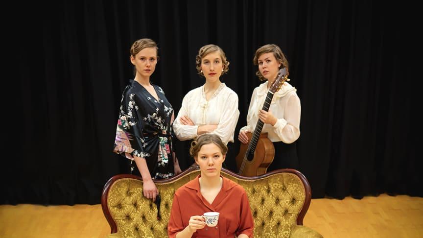 Gitarrkvartetten (O)MEGA - 4: Moa Nissfolk, Elisabeth Janson, Greta Karlsson, Astrid Nyborg Berg.