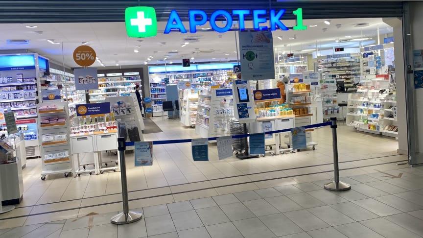 Apotekene har fokus på smittevern og å gjøre det trygt for kundene å besøke apoteket (fra Apotek 1 Stovner)