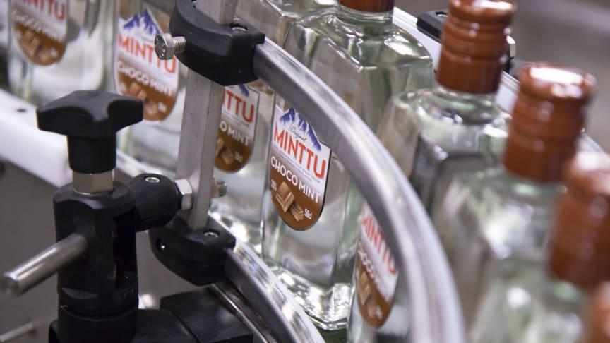 Minttu-perhe kuuluu Turun juomatehtaan suosituimpiin tuotteisiin.