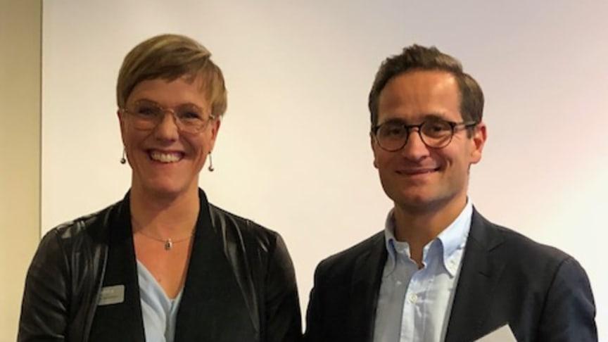 """Öresundskraft AB och Andreas Lidén tog emot utmärkelsen """"Sinfras mest hållbara aktör""""."""