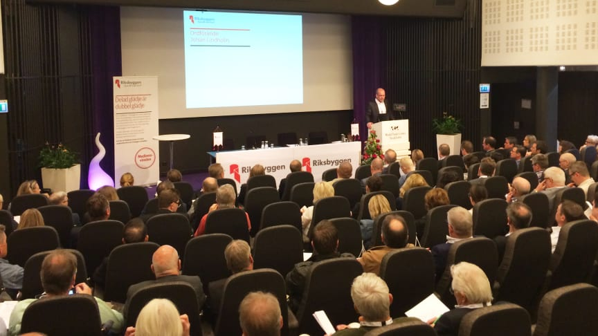 Riksbyggens fullmäktige samlades för stämma på World Trade Center i Stockholm den 12 maj.