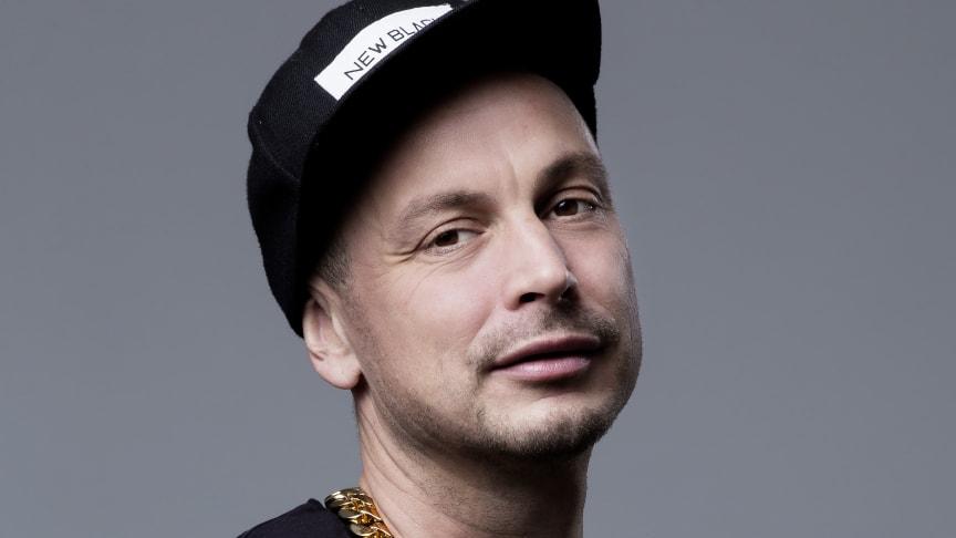 Petter firar 20 år som artist och textförfattare med fem konsertkvällar i rad på Mosebacketerrassen!