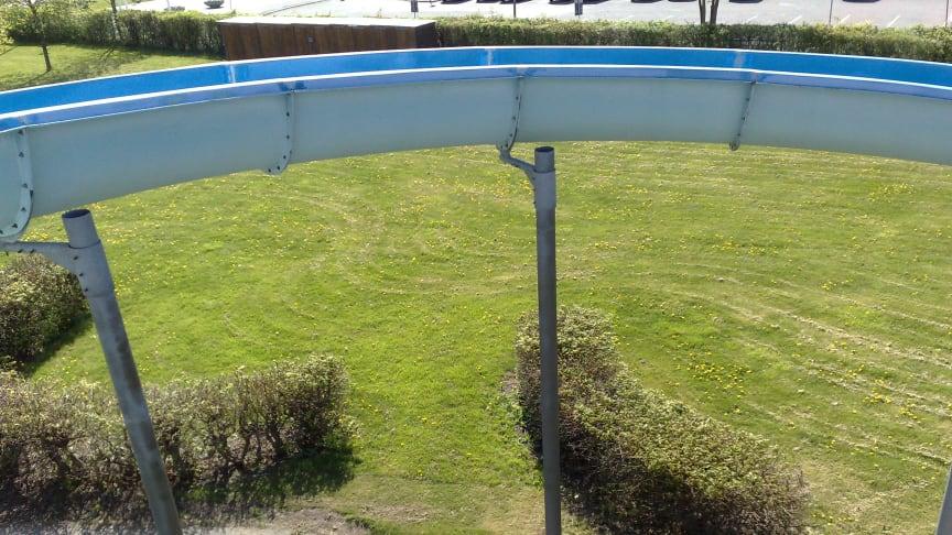 Tveksam stabilitet av vattenrutschbana