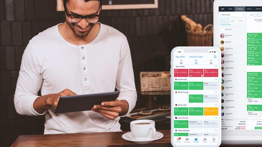 - Tillsammans med Planday förenklar vi för nu våra kunder så att arbetsflödet från schemaläggning och tidregistrering till beredning av lön blir helt digitalt, berättar Mathias Petersson.