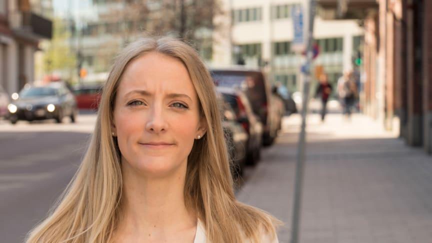 """""""Feedback måste hanteras respektfullt och varsamt"""" – fredagsporträttet med redovisningschef Sandra Walldie"""