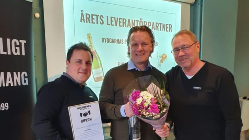 Från vänster: Johan Lundgren, inköpsansvarig, Byggarnas Partner, Tomas Möller, distriktssäljare Finja Betong och Stefan Pageryd, VD, Byggarnas Partner
