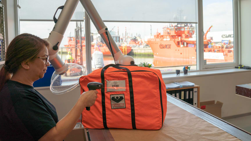 Both ESVAGT's specially designed worksuits and life jackets are now equipped with barcodes so it is easy to trace every single suit – wherever it may be in the fleet. This improves safety and peace of mind at work.
