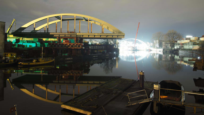 Brückeneinschub über die Bille, Hamburg (Copyright: Ed. Züblin AG)