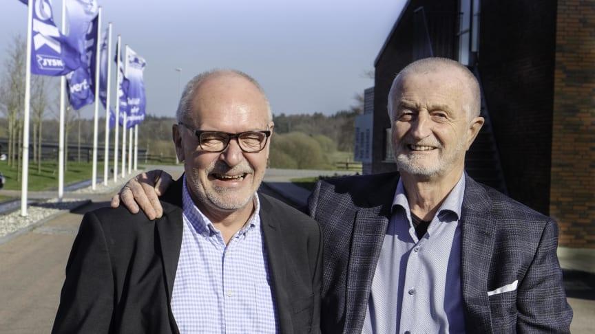 Direktør for Parasport Danmark, Niels Christiansen, sammen med Lars Larsen, grundlægger og formand for bestyrelsen i JYSK, til 40-års jubilæumsreception i Himmerland.